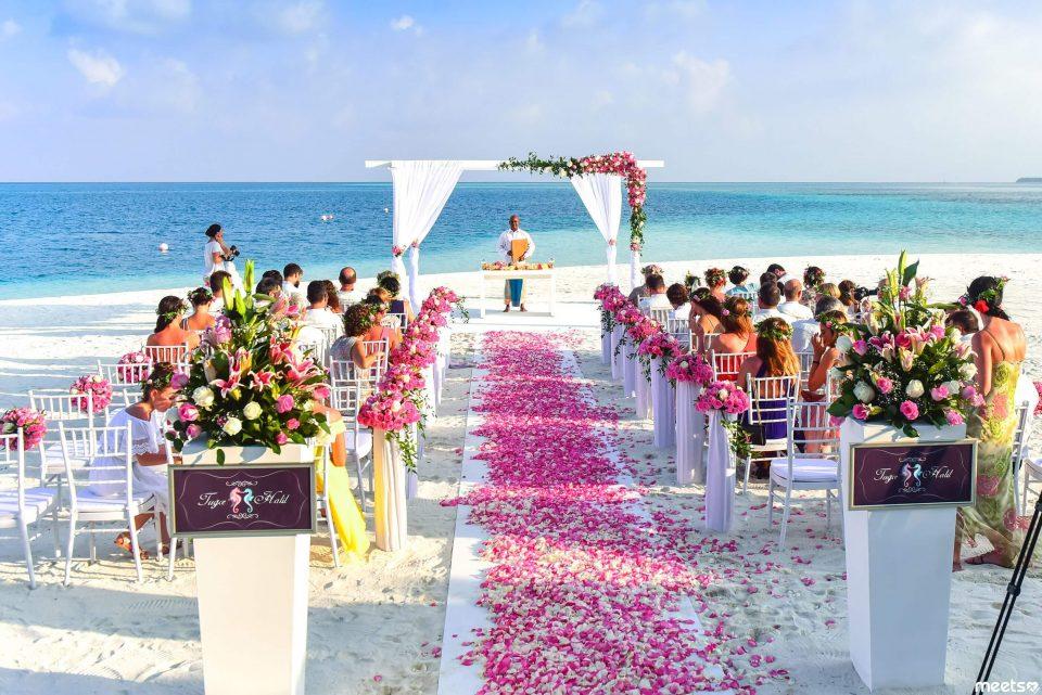 свадьба в туре за гарницей